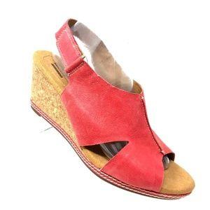 Clarks Caslynn Lizzie Sandal Red Wedge Women Sz 10
